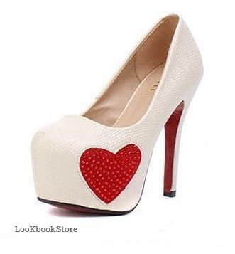 Туфли с сердечком